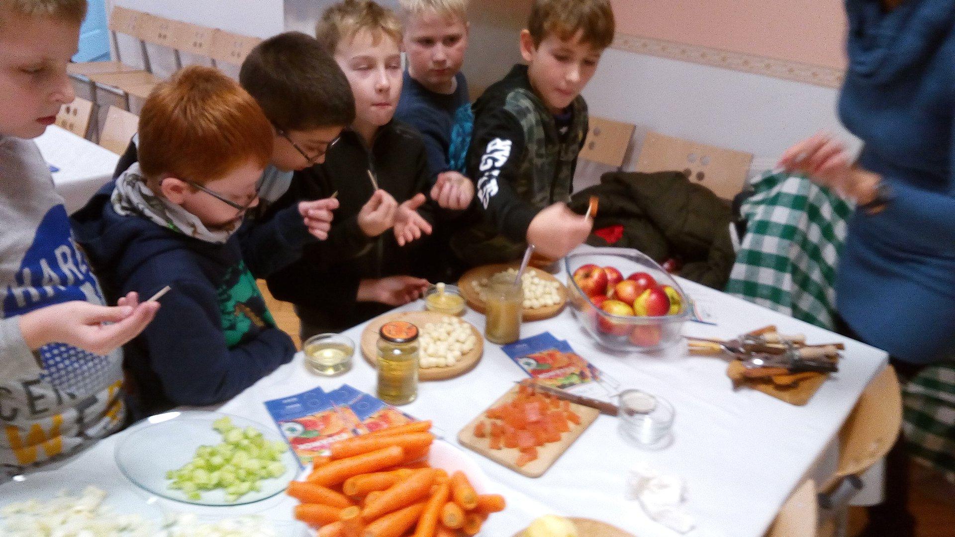 Menő menza program a szirmabesenyői általános iskolában